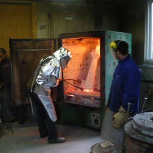 four pour chauffer la céramique